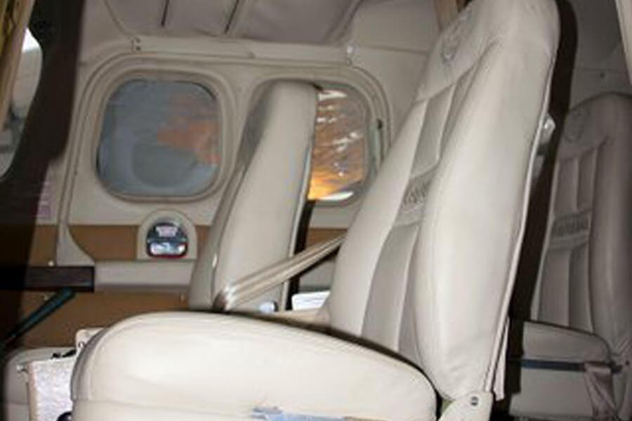 Cessna P210 Inside