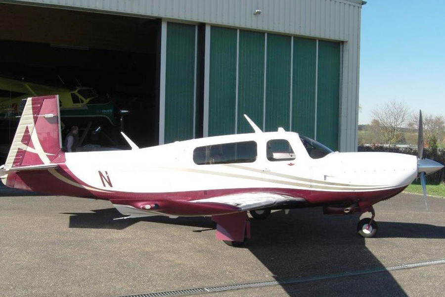 Mooney Acclaim S M20TN Outside