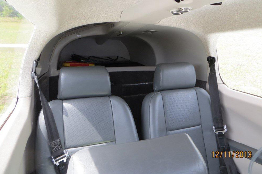 Mooney MK20 Encore inside