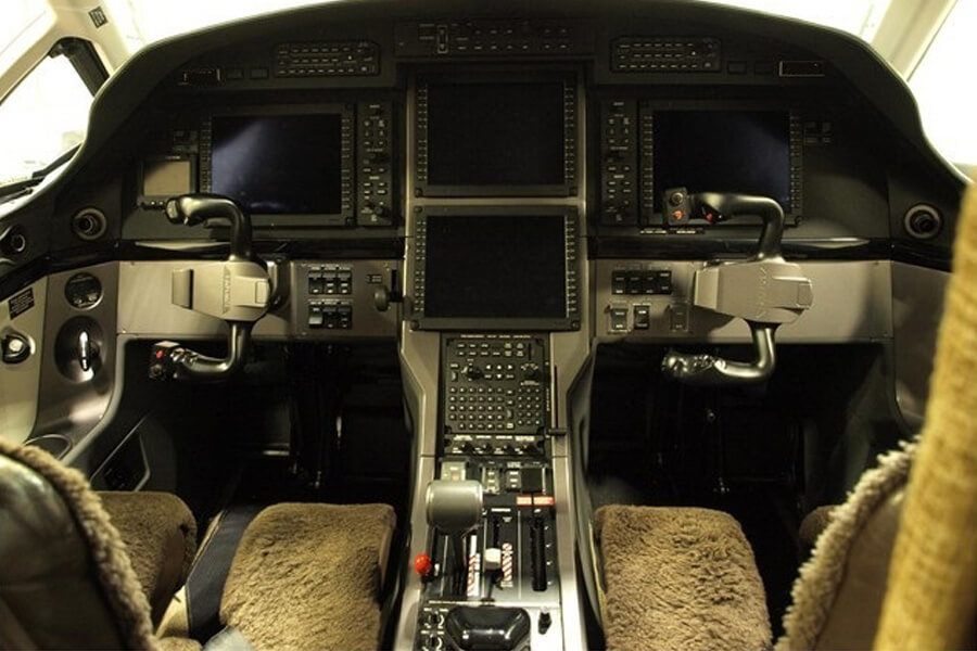 Pilatus PC12 NG cockpit