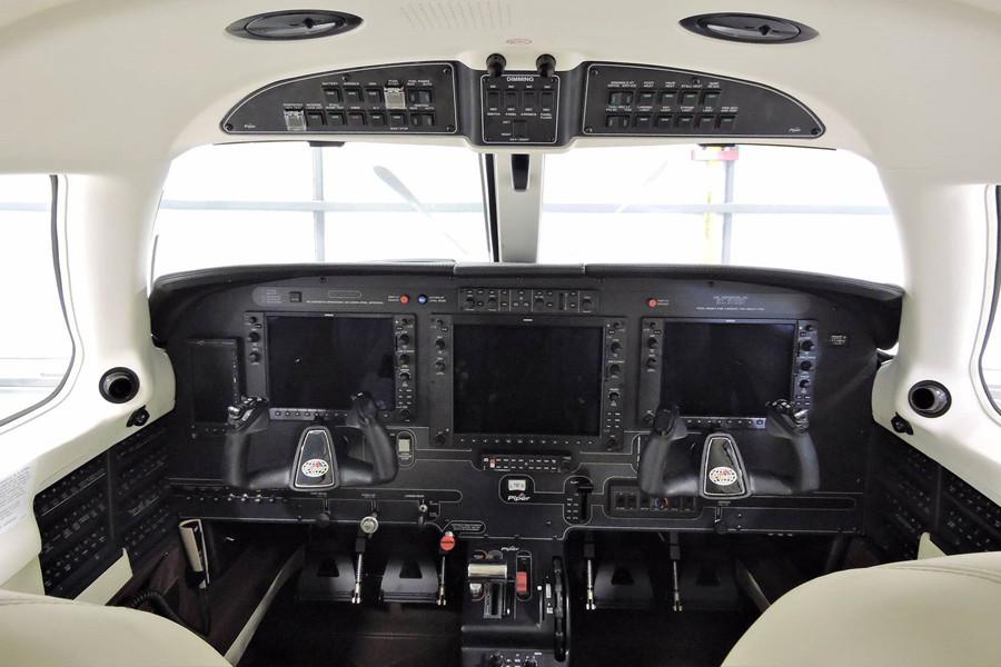Piper M500 cockpit